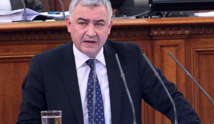 Атанас Мерджанов: Промените в Конституцията няма да окажат сериозно влияние върху правораздаването в България