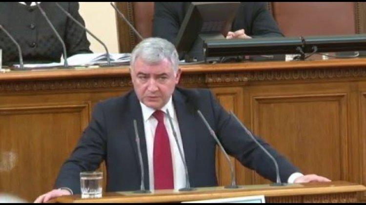"""Атанас Мерджанов: """"Докато министър Бъчварова и главният секретар на МВР бяха в командировка в Китай, страната е настръхнала от вихреща се престъпност"""